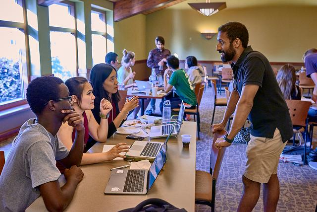 Autumn Prep for Tech event links alums with students